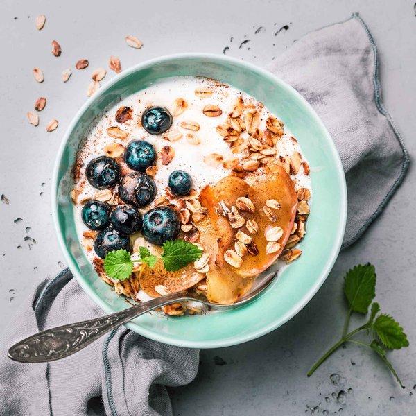 On-the-go blueberry breakfast oats