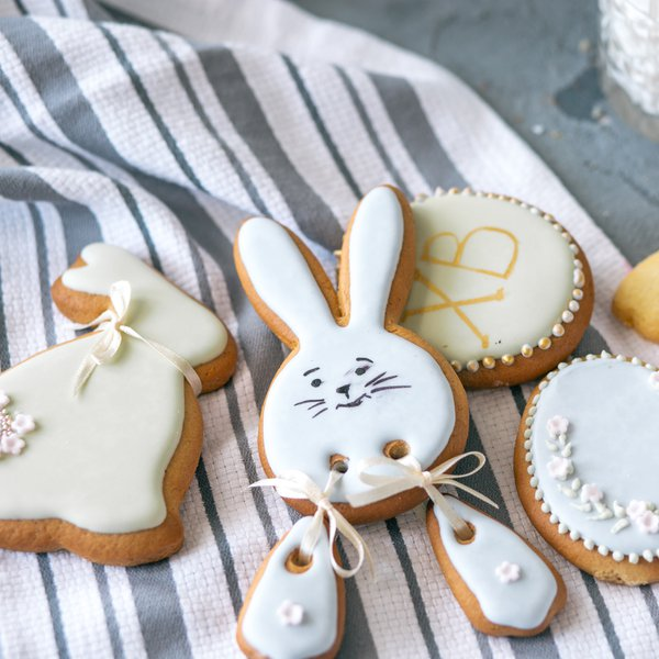 Happy Easter biscuits